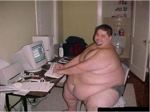 http://lifeafterhavingalife.files.wordpress.com/2011/01/really-fat-guy-on-computer1.jpg%3Fw%3D510